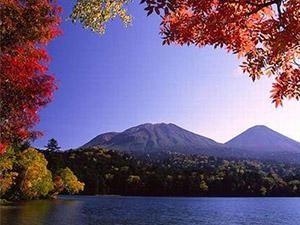 阿寒湖 紅葉