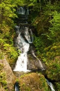 豊平峡内の九段の滝